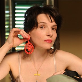 Juliette Binoche graces Cannes in Abbas Kiarostami's 'Copie Conforme'
