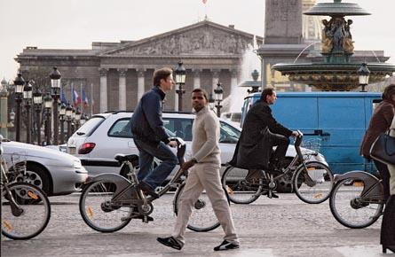 Car owners unite against the bike!