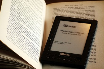 Technology lets professors track your reading