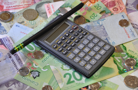 Why the Bank of Canada wants you to take a (real) pay cut
