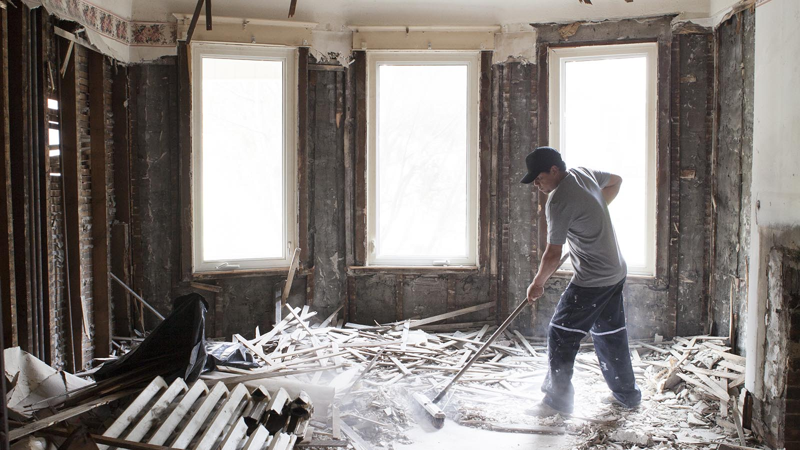 Http Www Macleans Ca Economy Realestateeconomy The Dark Side Of The Renovation Boom