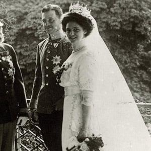 Kaiser Franz Joseph I. bei Hochzeit Kaiser Karls I.