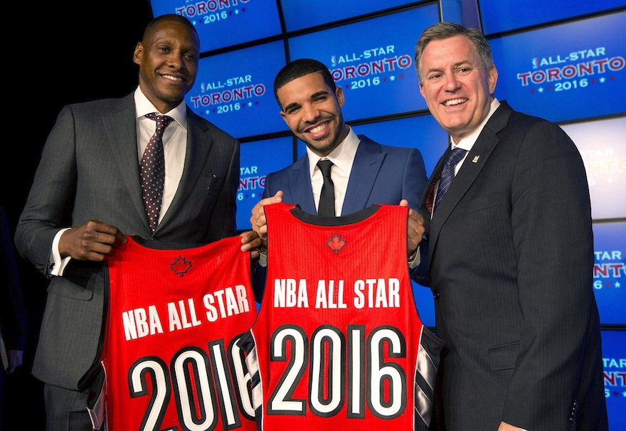 Toronto Raptors GM Masai Uriji (left to right), Raptors global ambassador Drake and Maple Leaf Sports and Entertainment President and CEO Tim Leiweke. (Frank Gunn/The Canadian Press)