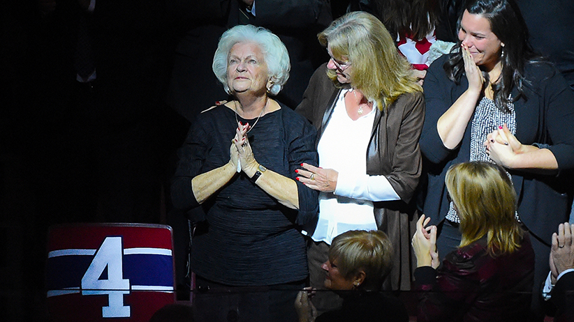 Elise was also in the spotlight Tuesday night when her husband was honoured during a pre game ceremony. (Francois Lacasse, Getty)
