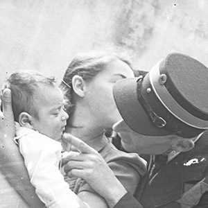 Lives lived, unseen: Jewish ghetto life in Nazi-occupied Poland