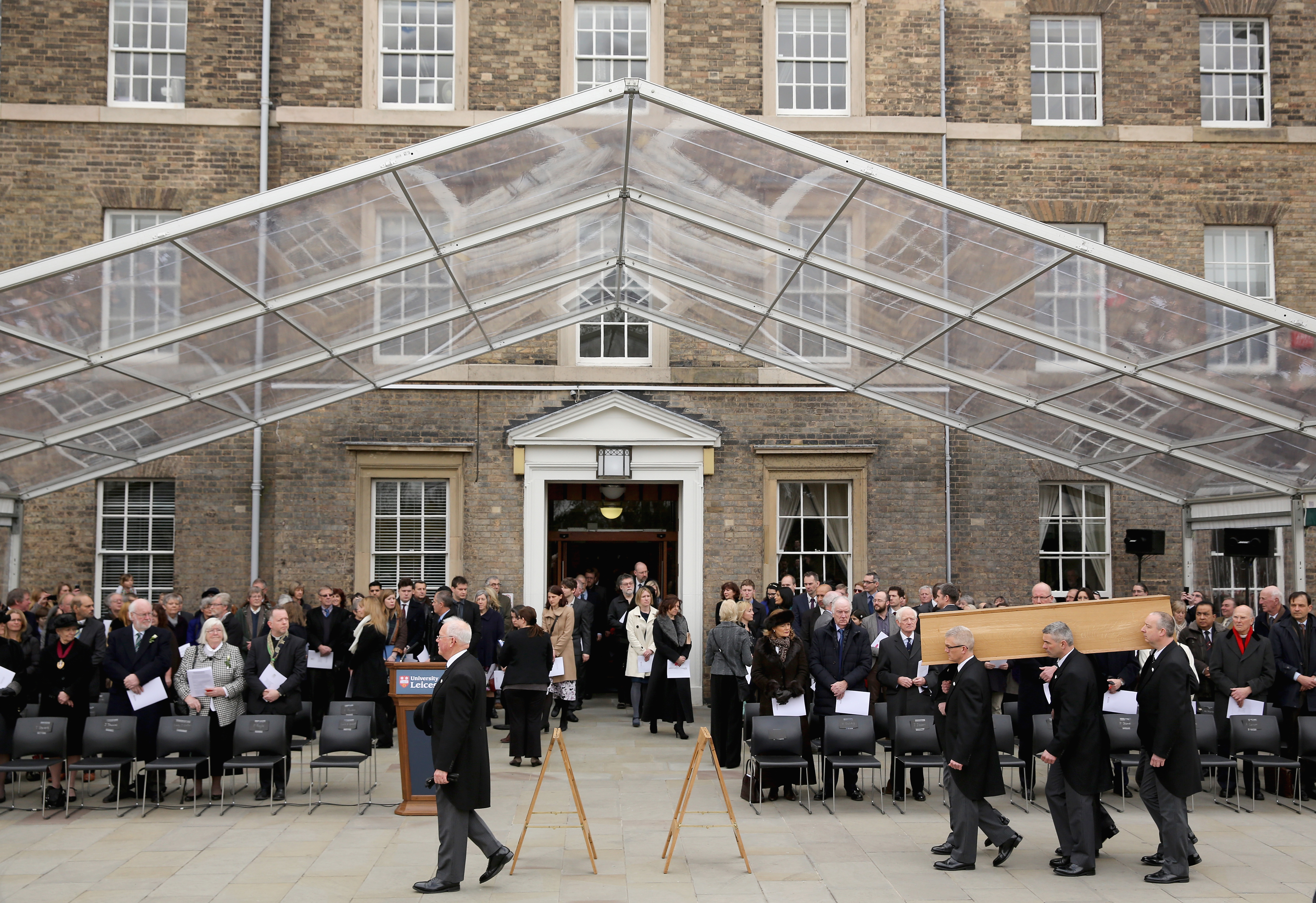The coffin containing the remains of King Richard III is carried from the Fielding Johnson Building at the University of Leicester as it starts its procession ahead of reinterment at Leicester Cathedral on March 22, 2015 in Leicester, England. The skeleton of King Richard III was discovered in 2012 in the foundations of Greyfriars Church, Leicester, 500 years after he was killed in the Battle of Bosworth Field. (Photo by Christopher Furlong/Getty Images)
