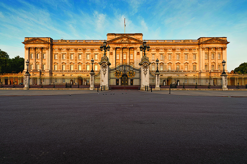 Buckingham Palace. (William Fawcett/iStock)