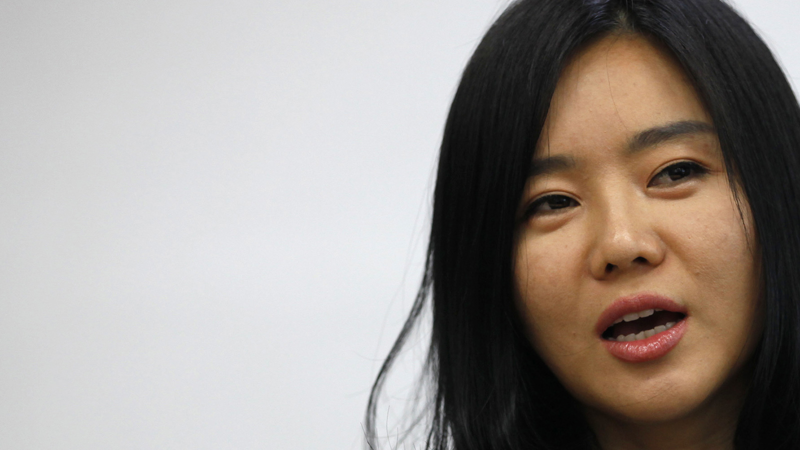 Lee Hyeon-seo, 33, who came to South Korea in 2008, speaks during an interview with Reuters in Seoul, May 29, 2013. From the streets of Seoul to the European parliament a new generation of North Korean defectors is stepping into the limelight, telling their personal stories to highlight the human rights abuses in their homeland. Picture taken May 29, 2013. (Kim Hong-Ji/Reuters)