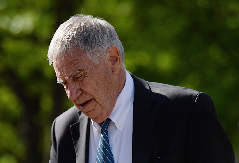 Bruce Carson, the former advisor to Prime Minister Stephen Harper, arrives to court in Ottawa on Monday, June 2, 2014. Carson is in court for influence-peddling charges. (Sean Kilpatrick/CP)