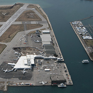 An aerial view of Billy Bishop airport. (Ian Duke/Flickr)