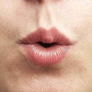 A mouth demonstrates the vowel shift. (Photograph by Dillan Cools)