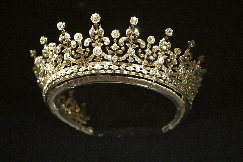 Made by Garrards in 1893, this silver and diamond tiara was a wedding present for the future Queen Mary from the Girls of Great Britain and Ireland, displayed at Buckingham Palace in London, U.K., Friday, July 27, 2007. (Carl Court/Bloomberg/Getty Images)