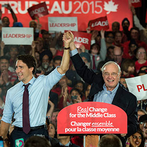 Former prime minister Paul Martin introduces Liberal leader Justin Trudeau during a rally Tuesday, August 25, 2015 in Brampton, Ontario. Paul Chiasson/CP