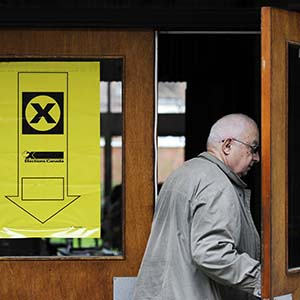 A voter enters a polling station for the Federal Election in Toronto, May 2, 2011. (Mark Blinch/Reuters)