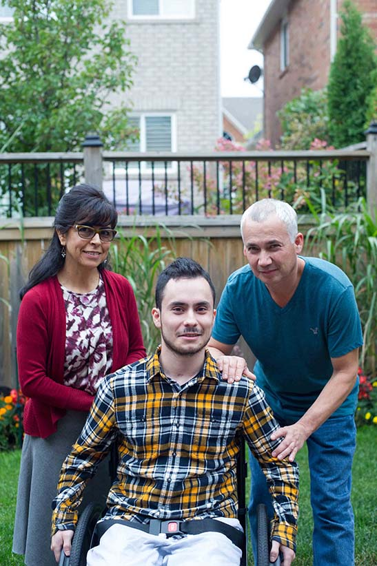 Juan Torres and his family in Oakville, Ont. (Photo by Cole Garside)