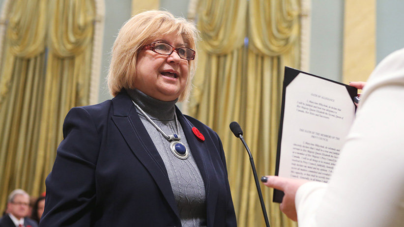 Canada's new Employment Workforce Development and Labour Minister MaryAnn Mihychuk is sworn-in during a ceremony at Rideau Hall in Ottawa November 4, 2015. REUTERS/Chris Wattie  - RTX1URRQ