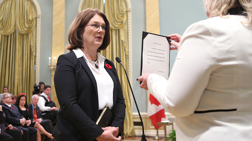 Canada's new Health Minister Jane Philpott is sworn-in during a ceremony at Rideau Hall in Ottawa November 4, 2015. REUTERS/Chris Wattie  - RTX1URNY