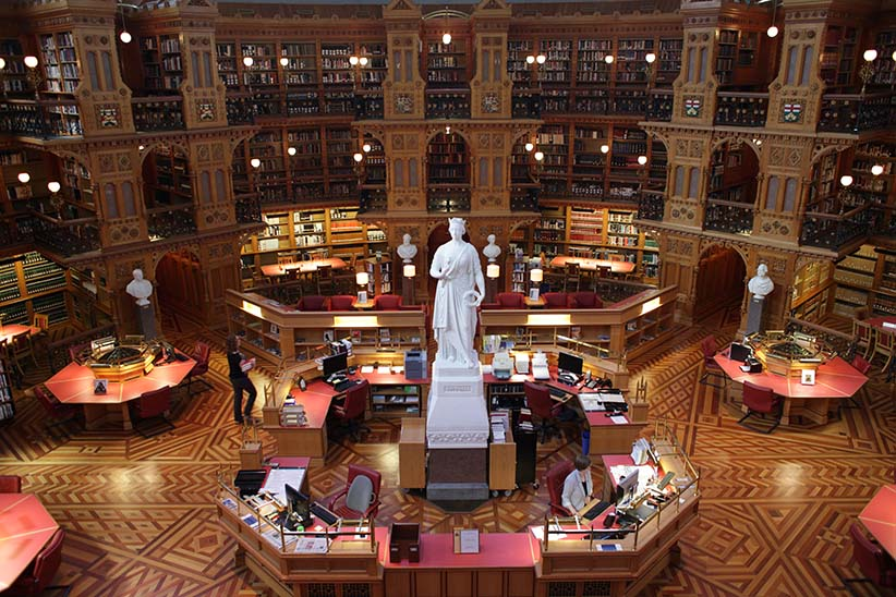 Vogue shoot with Trudeaus closes Library of Parliament