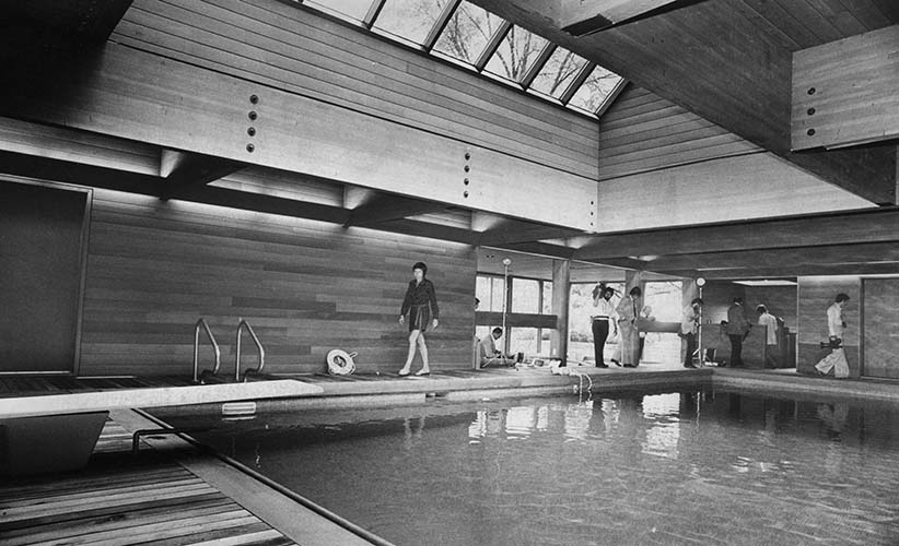 Members of the press inspect Prime Minister Trudeau's 20x40 foot pool at 24 Sussex Drive, Ottawa, Ont., July 11, 1975. The $200,000 pool took six months to construct and was a source of political headaches for the prime minister. (Chuck Mitchell/CP)
