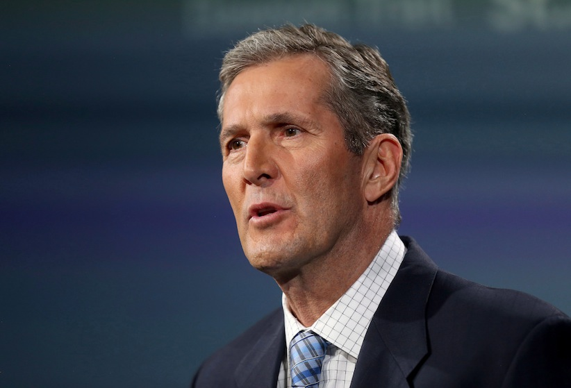 Progressive Conservative Leader Brian Pallister takes part in the provincial leaders debate in Winnipeg, Tuesday, April 12, 2016. THE CANADIAN PRESS/Trevor Hagan
