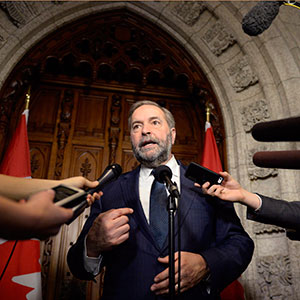 NDP leader Tom Mulcair speaks to reporters about the federal budget on Parliament Hill, Tuesday, March 22, 2016 in Ottawa. Justin Tang/CP