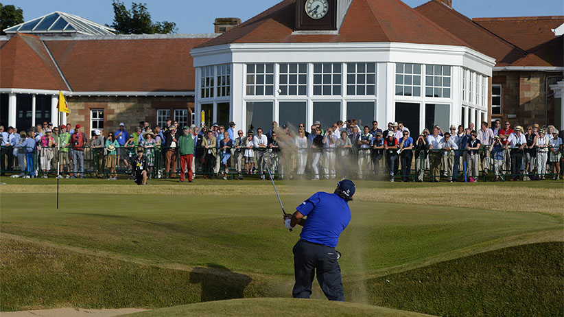 Angel Cabrera of Argentina hits out of a bunker on the 18th hole during the third round of the British Open golf Championship at Muirfield in Scotland July 20, 2013. (Russell Cheyne/Reuters)