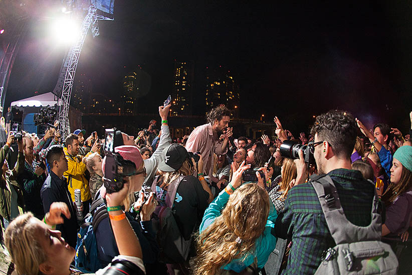 Edward Sharpe and the Magnetic Zero perform. (Neil Van)