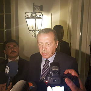 Turkish President Tayyip Erdogan speaks to media in the resort town of Marmaris, Turkey, July 15, 2016. (Kenan Gurbuz/Reuters)