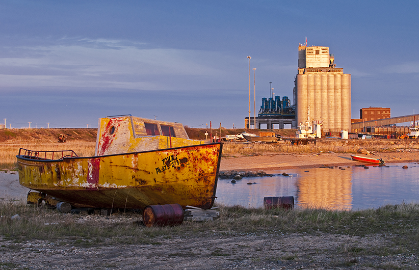 An old boat sits on the shore, Port of Churchill, Manitoba, Canada. (Peter Blahut/Getty Images)