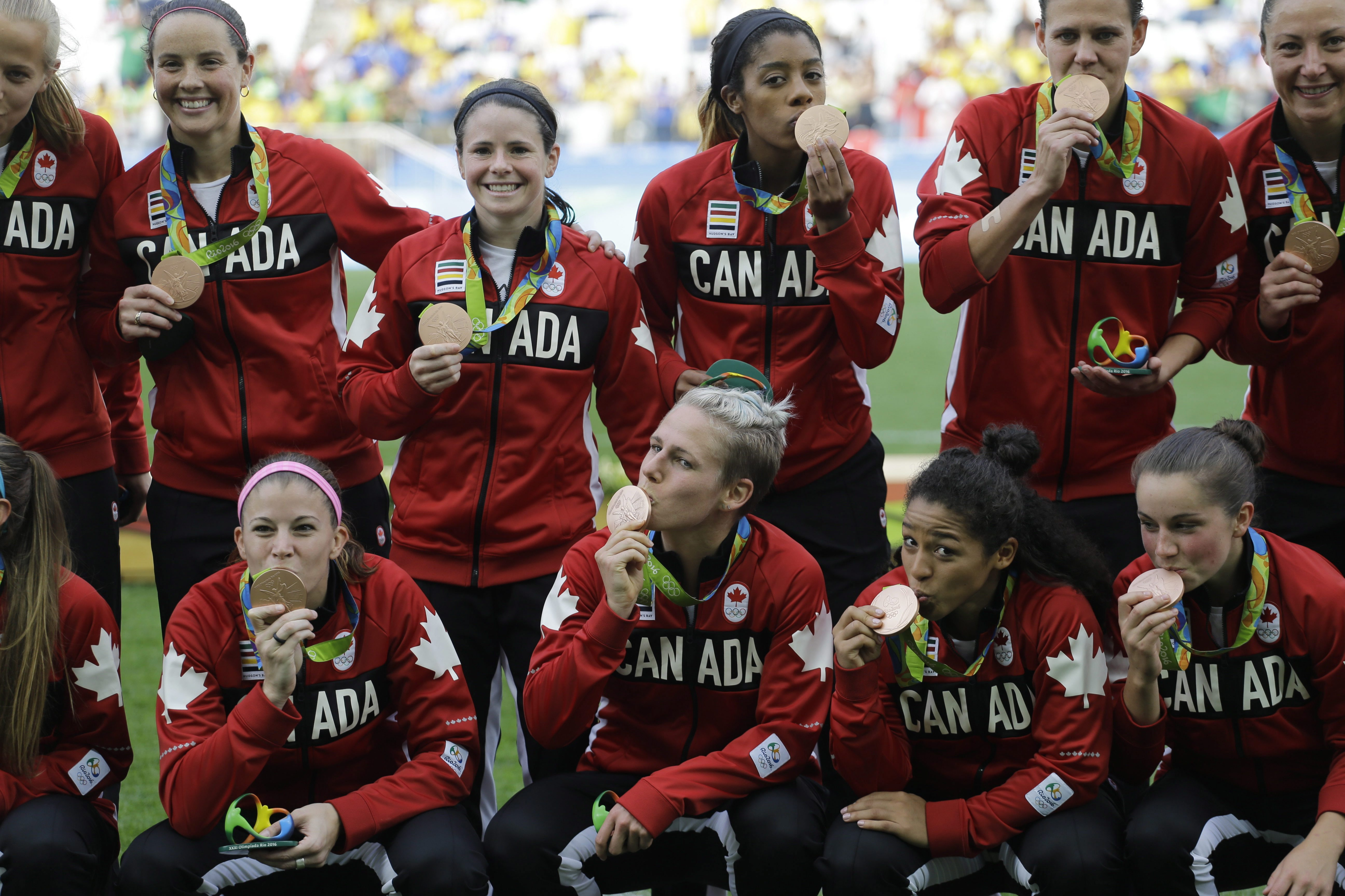 Canada earns Olympic women's soccer bronze - Macleans.ca