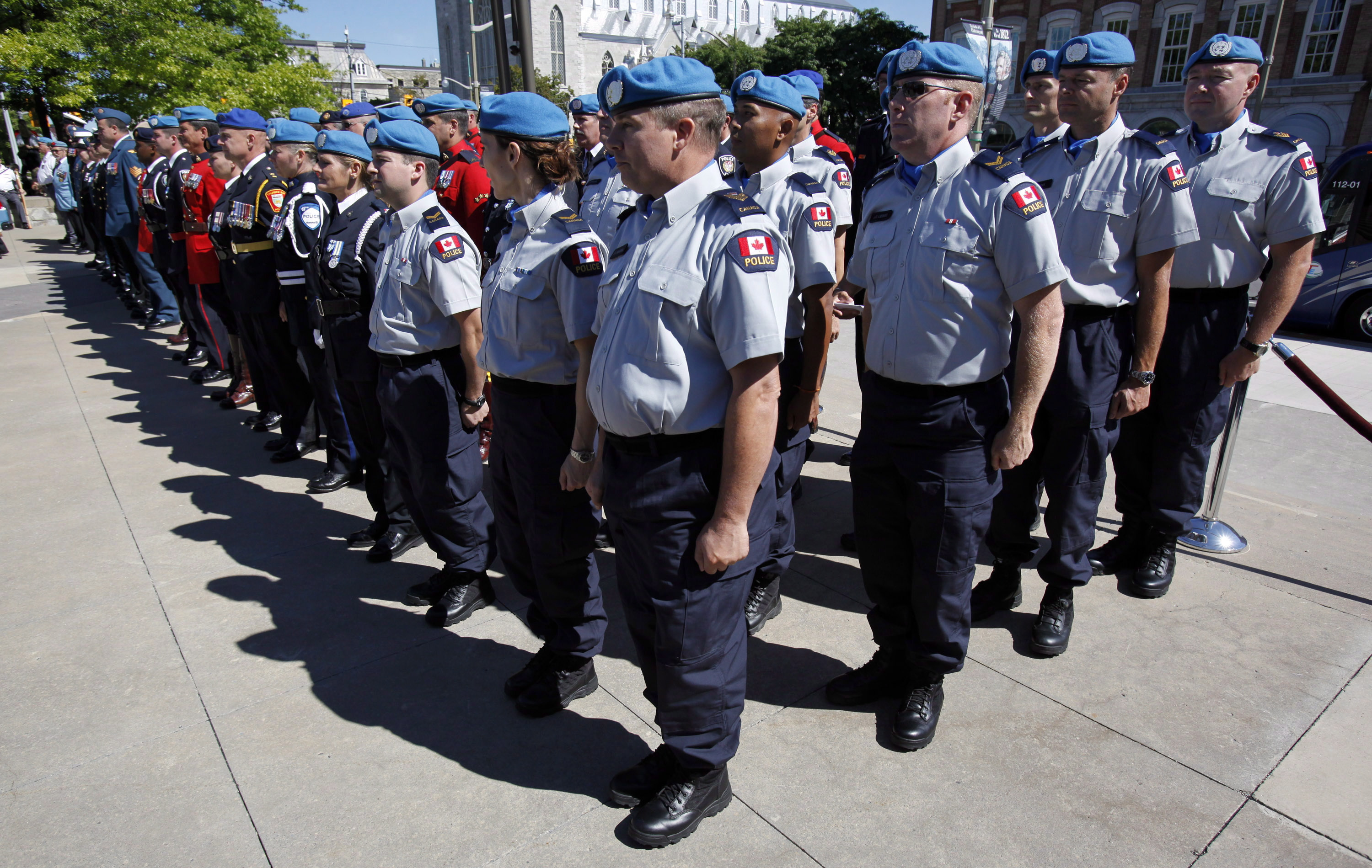 Canada may send peacekeepers to Colombia