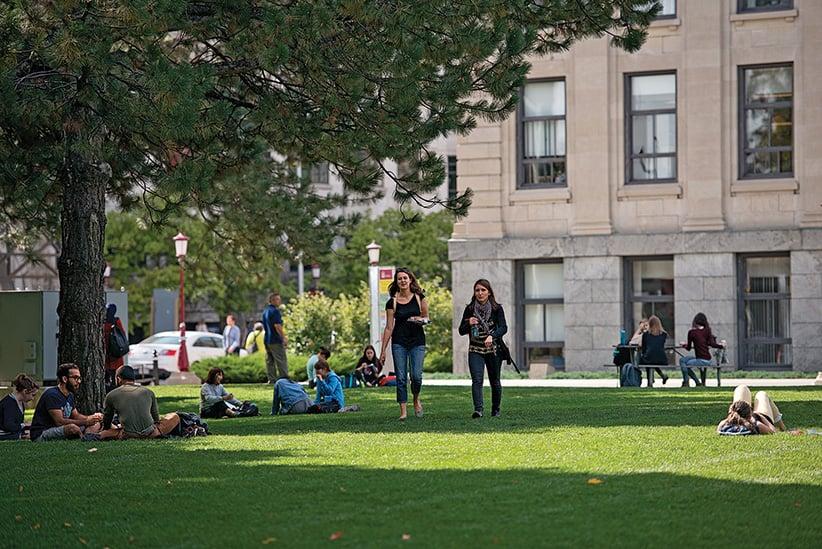 Students walk the campus at Ottawa U. (Photograph by Jessica Deeks)