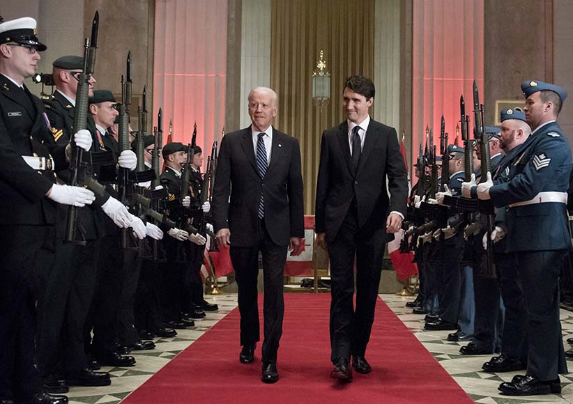 Prime Minister Justin Trudeau and U.S. Vice-President Joe Biden arrive at a state dinner on Thursday, Dec. 8, 2016 in Ottawa. (Justin Tang/CP)