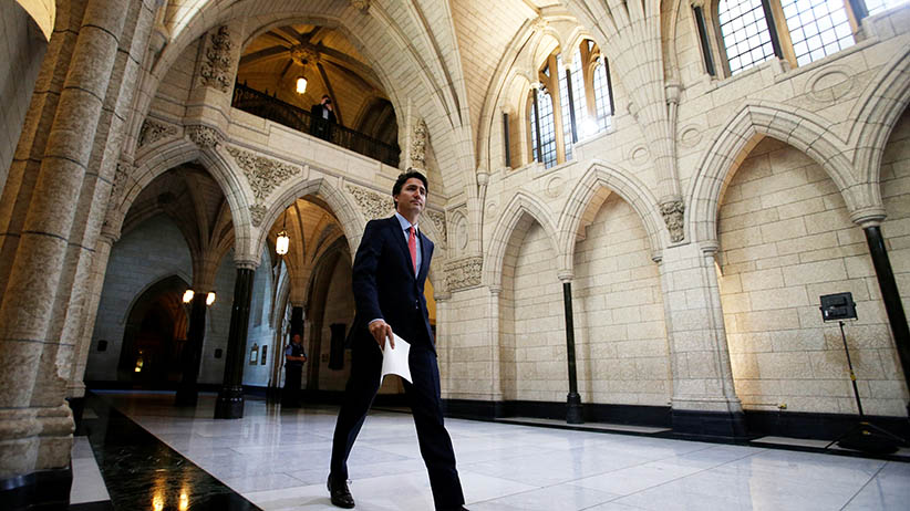 Canada's Prime Minister Justin Trudeau arrives to deliver a statement before the start of a Liberal caucus meeting on Parliament Hill in Ottawa, Ontario, Canada, June 1, 2016. (Chris Wattie/Reuters)