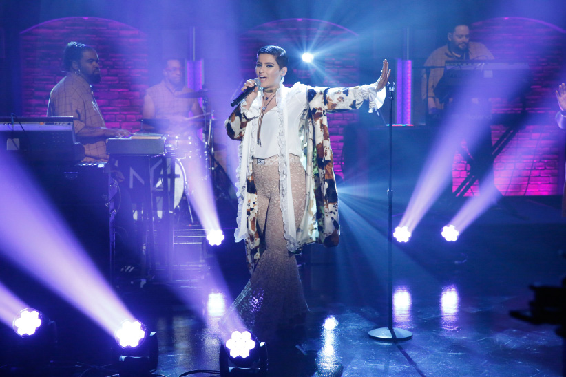 Musical guest Nelly Furtado performs on Late Night With Seth Meyers on January 26, 2017. (Lloyd Bishop/NBC/Getty Images)