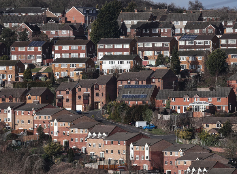 Rows of houses are seen in High Wycombe, Britain, February 7, 2017. (Eddie Keogh/Reuters)