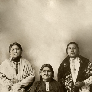 Mollie Burkhart, right, with her sister Anna and mother, Lizzie. (Osage Nation Museum)