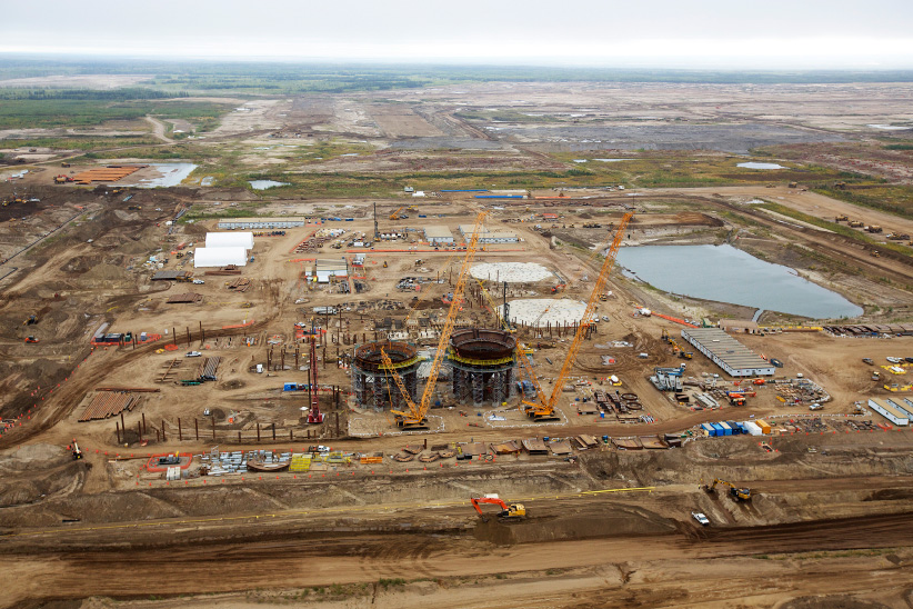 A construction site at the new Suncor Fort Hills tar sands mining operations near Fort McMurray, Alberta, September 17, 2014. In 1967 Suncor helped pioneer the commercial development of Canada's oil sands, one of the largest petroleum resource basins in the world. Picture taken September 17, 2014. (Todd Korol/Reuters)