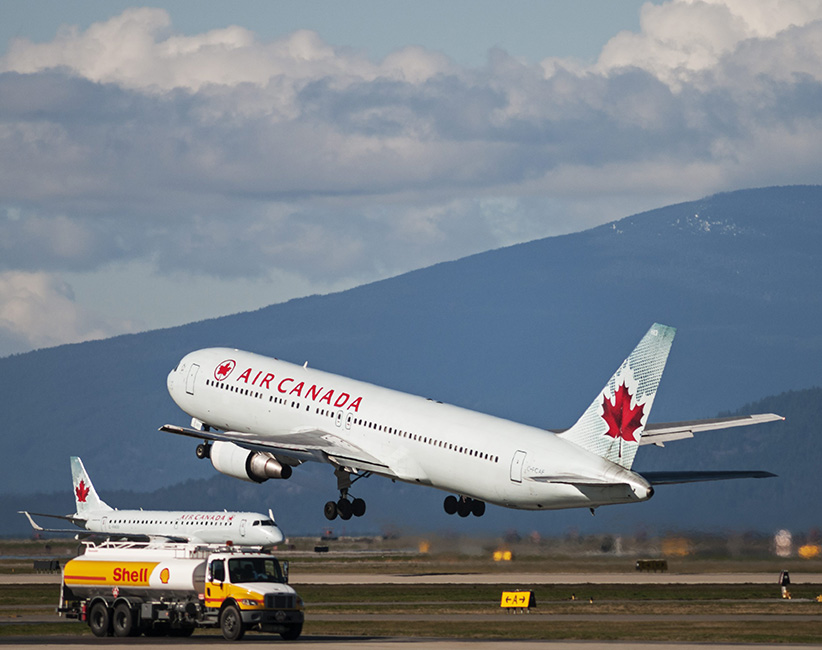 An Air Canada Boeing 767-300ER departs from Vancouver International Airport, March 3, 2013. Bayne Stanley/CP