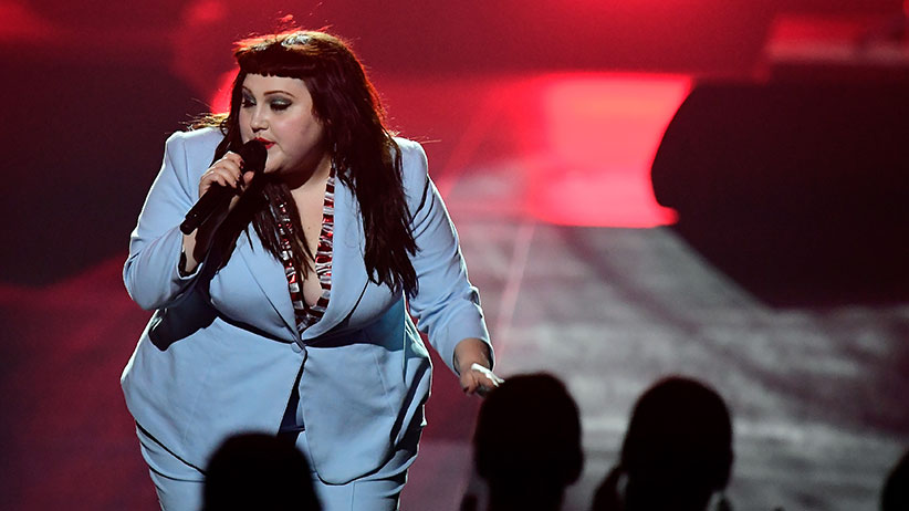 US singer Beth Ditto performs during the 2017 Echo Music Award ceremony in Berlin, Germany April 6, 2017. (Tobias Schwarz/Reuters)