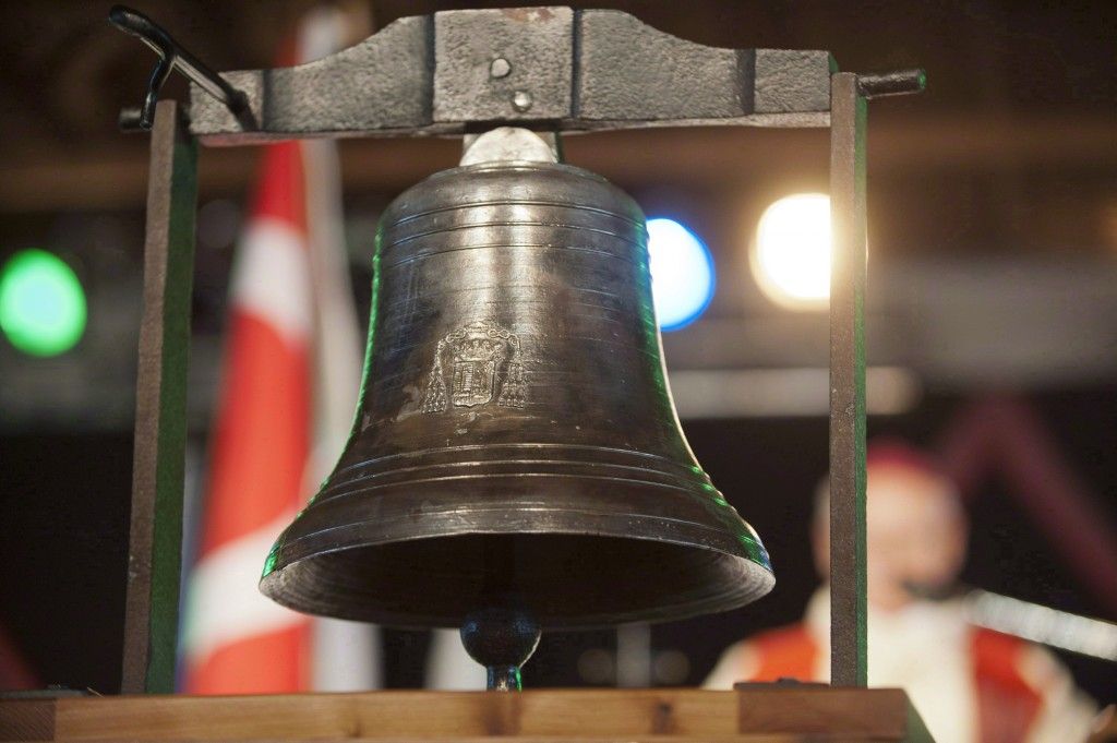 The Bell Of Batoche is official displayed during Back to Batoche Days in Batoche, Sask., on Saturday, July 20, 2013. (Liam Richards/CP)