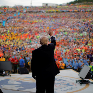 U.S. President Donald Trump waves after delivering remarks at the 2017 National Scout Jamboree in Summit Bechtel National Scout Reserve, West Virginia, U.S., July 24, 2017. REUTERS/Carlos Barria      TPX IMAGES OF THE DAY - RTX3CRHL