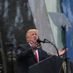U.S. President Donald Trump gives a public speech in front of the Warsaw Uprising Monument at Krasinski Square in Warsaw, Poland July 6, 2017. (Carlos Barria/Reuters)