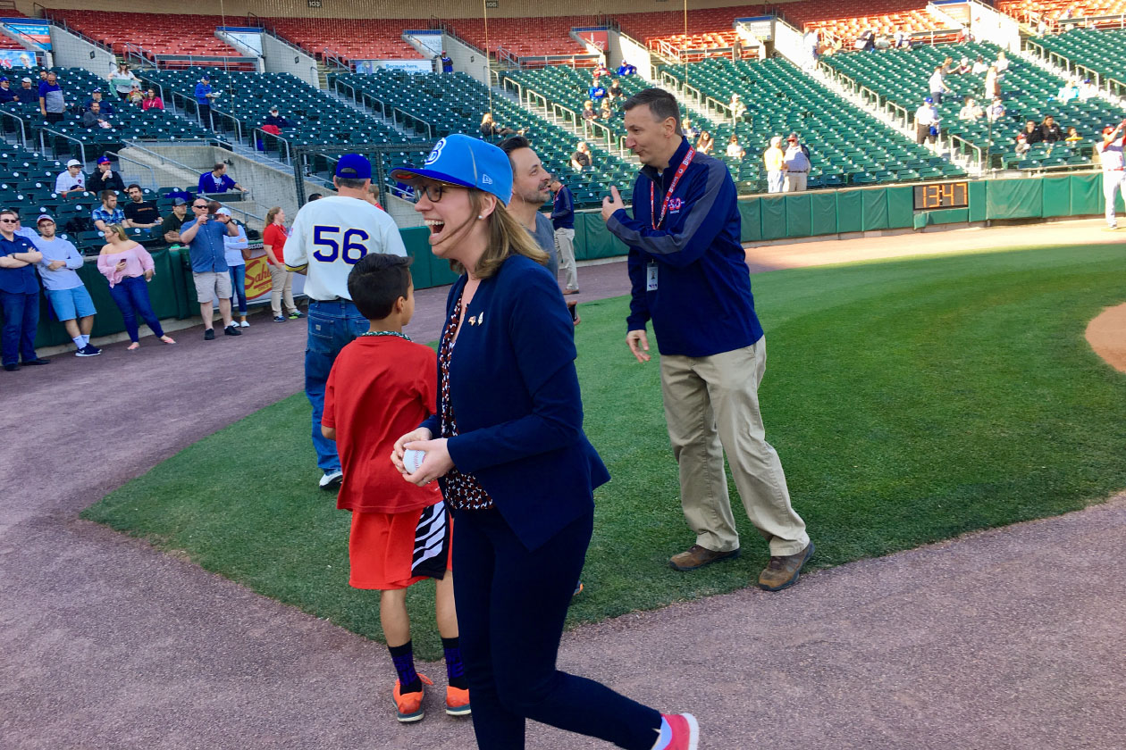 Karina Gould throwing out first pitch at a Buffalo Bisons game. (karinagould/Twitter)
