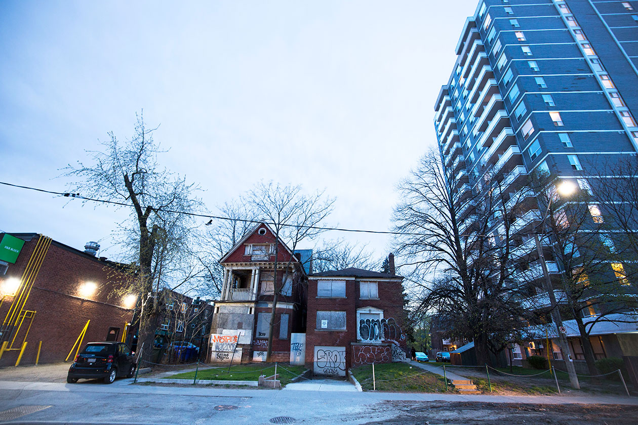 Don Heathfield and Tracey Lee Ann Foley's former Toronto apartment, at 6 Walmer Road, on Saturday, April 29, 2017.
