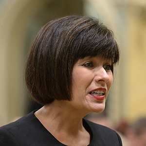 Ginette Petitpas Taylor is sworn in as the new health minister at a swearing-in ceremony at Rideau Hall in Ottawa on Monday, Aug. 28, 2017. THE CANADIAN PRESS/Adrian Wyld