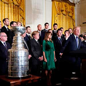 US President Donald Trump delivers a speech during an event at the White House in Washington, DC, on October 10, 2017, honouring the Pittsburgh Penguins 2017 Stanley Cup victory. / AFP PHOTO / Mandel NGAN        (Photo credit should read MANDEL NGAN/AFP/Getty Images)