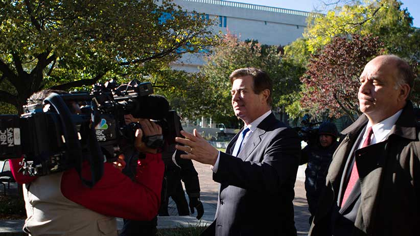 WASHINGTON, DC - OCTOBER 30:  Former Trump campaign chairman Paul Manafort (C) leaves federal court, October 30, 2017 in Washington, DC. Paul Manafort and Rick Gates, have been indicted by a federal grand jury in the investigation into Russian meddling in the U.S. election. (Photo by Keith Lane/Getty Images)