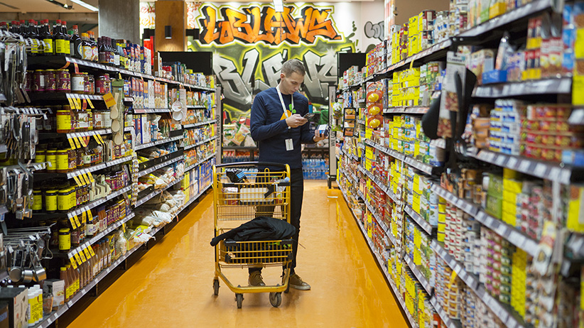 Inside the fight for the future of grocery delivery in