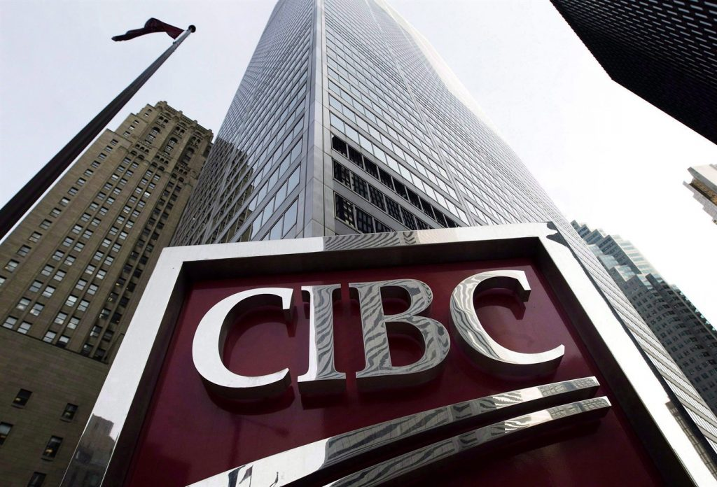 Cyber crooks claim to hit two big Canadian banks